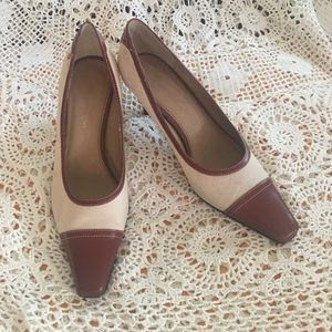 ETIENNE AIGNER  BROWN LEATHER AND CREAM  SIZE 9